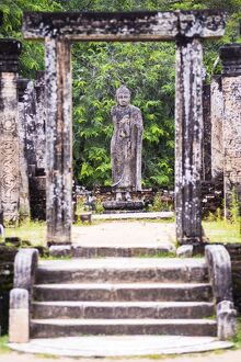 Stone Buddha statue at the Tooth Relic Chamber (Hatadage) in Polonnaruwa Quadrangle, UNESCO World Heritage Site, Sri Lanka, Asia
