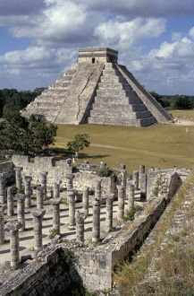 One thousand Mayan columns and the great pyramid El Castillo, Chichen Itza