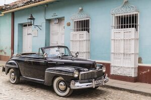 A vintage 1948 American Mercury Eight working as a taxi in the town of Trinidad