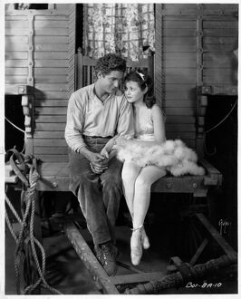Charles Farrell and Janet Gaynor in Frank Borzage's Street Angel (1928)