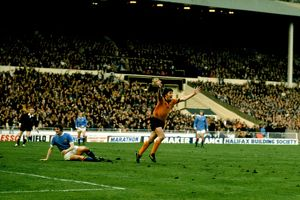 League Cup Final, Wolves vs Machester City, John Richards celebrates winning goal