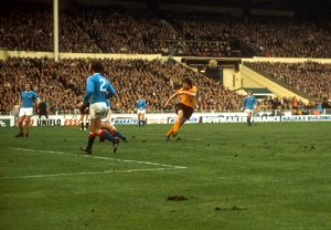 League Cup Final, Wolves vs Manchester City, John Richards scores Wolves' second goal