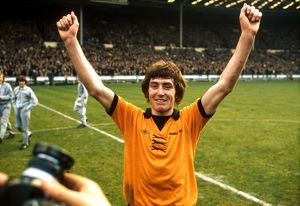 League Cup Final, Wolves vs Manchester City, John Richards celebrates victory
