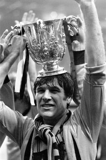 League Cup Final, Wolves vs Nottingham Forest, Emlyn Hughes