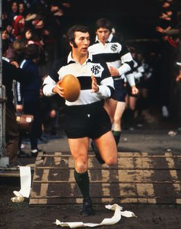 Barbarians captain John Dawes runs out for famous 1973 game against the All Blacks