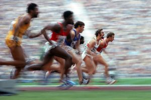 Jobst Hirscht strains to keep up with Valeriy Borzov in the 100m at the 1972 Munich