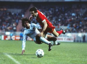 Liverpool's David Johnson is tackled - 1981 European Cup Final