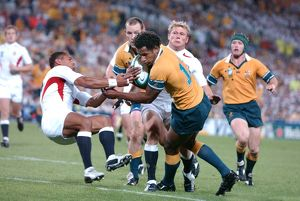 Lote Tuqiri scores in the 2003 World Cup Final