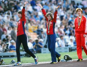 Michelle Probert (left) and Linsey MacDonald celebrate with their bronze medals -1980