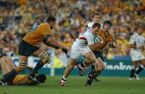 Mike Catt makes a break during the 2003 World Cup Final