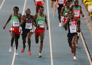 Mo Farah wins the 5000m final at the 2011 World Championships