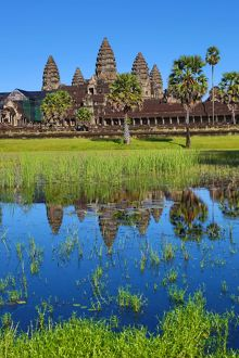 Angkor Wat Temple reflection in lake , Siem Reap, Cambodia