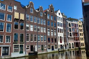 Houses on the Oudezijds Kolk canal in Amsterdam, Holland
