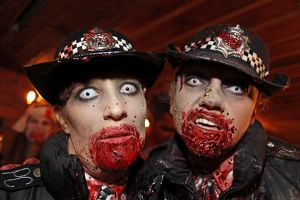 <b>London Zombie Walk</b><br>Selection of 120 items