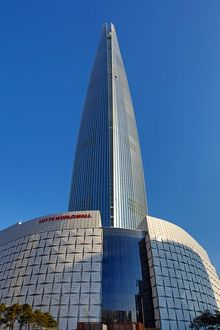 Lotte World Tower skyscraper and Mall in Jamsil, Seoul, Korea