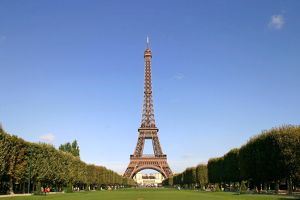 <b>Paris</b><br>Selection of 62 items