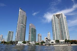 Peninsula Hotel and office buildings on the Chao Phraya River, Bangkok, Thailand