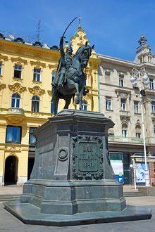 Statue of Ban Jelacic riding a horse in Ban Jelacic Square in Zagreb, Croatia