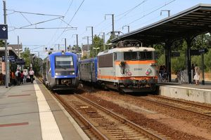 The 17.30 from Dol de Bretagne to Dinan and a down Rennes train waiting at Dol de