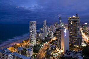 Australia, Queensland, Gold Coast, Surfer's Paradise, Evening view of Surfer's