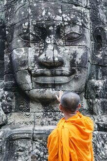 oriental flavours/cambodia siem reap angkor wat complex monks