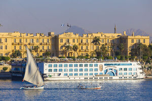 new/20191004 jai 2/egypt luxor view nile cruise boats infront winter