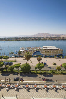 new/20191004 jai 2/egypt luxor view the winter palace hotel terrace