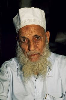 An elderly resident of Lahore