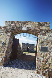new/20191004 awl 8/entrance fort frederick port elizabeth eastern cape