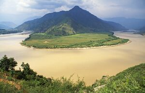 Famed for being the location of the 'First Yangtse Bend'