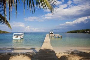 Honduras, Bay Islands, Roatan, Half Moon Bay