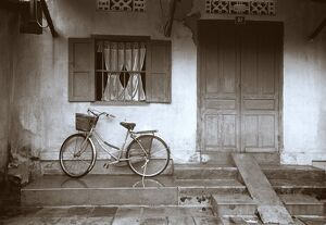 House with Bicycle, Hoi An, Vietnam