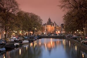 Kloveniers Burgwal canal and Waag Historic building