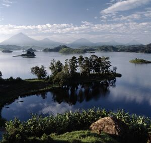 Lake Mutanda is possibly the most beautiful lake of