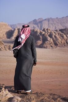 A local bedouin man looks out over Wadi Rum, Jordan (MR)