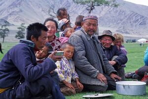 Mongolia, Khovd (also spelt Hovd) aimag (region), locals drinking tea