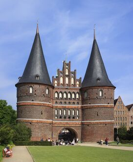 Town gate Holstentor (1478)