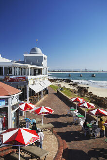new/20191004 awl 8/view summerstrand beachfront port elizabeth