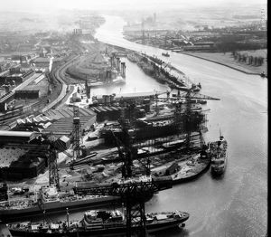 John Brown's Shipyard, Clydebank, 1950