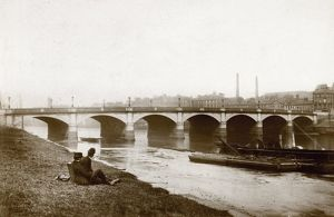 View of the Old Glasgow Bridge, Glasgow. Date: c1880