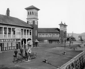 View of the Princes Pier Railway Station in Greenock. Date: 1894