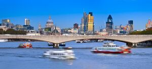 UK, England, London, The City of London skyline and River Thames, St. Paul's Cathedral