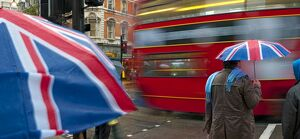 UK, England, London, Oxford Street, Shoppers in the rain