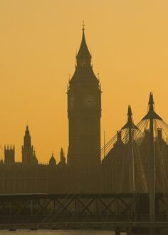 UK, London, Houses of Parliament, Big Ben and Hungerford Bridge