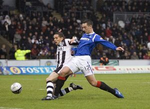 St Mirren 2-1 Rangers (Selection of 16 Items)