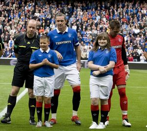 Soccer - Rangers v Saint Johnstone - Clydesadale Bank Premier League - Ibrox Stadium