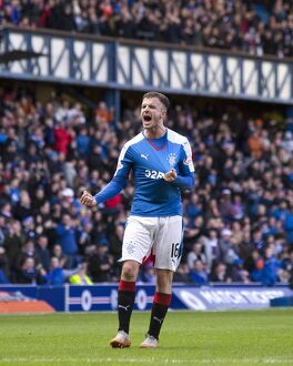 <b>Rangers 4-0 Dundee</b><br>Selection of 91 items