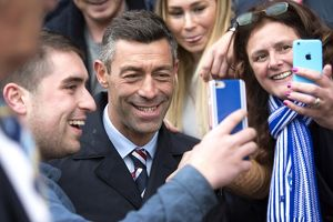 <b>St Johnstone 1-2 Rangers</b><br>Selection of 27 items