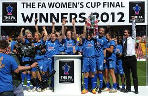 <b>Women's FA Cup - Final</b><br>Selection of 24 items