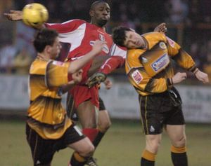 <b>Boston United 1-2 Leyton Orient 02-01-2006</b><br>Selection of 8 items